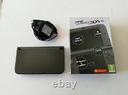 Nintendo New 3DS XL Metallic Black Handheld System Boxed with Charger